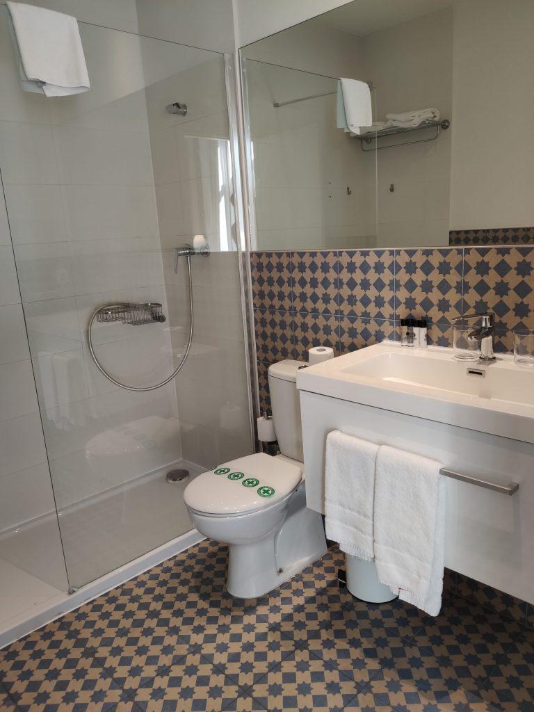 Toilet 107